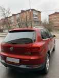 Volkswagen Tiguan, 2011 год, 950 000 руб.