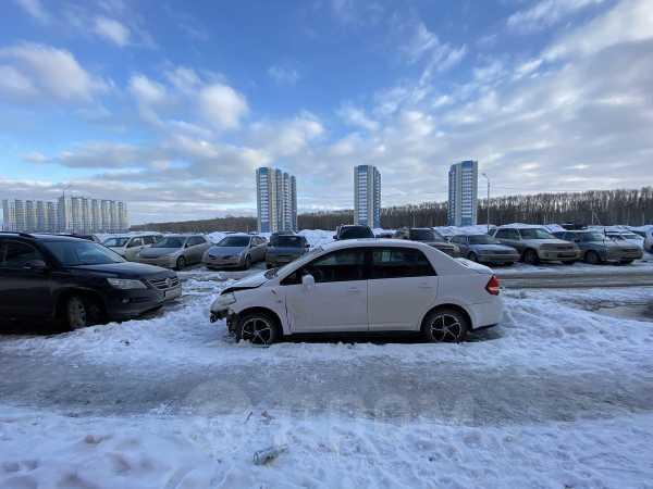 Nissan Tiida Latio, 2008 год, 260 000 руб.