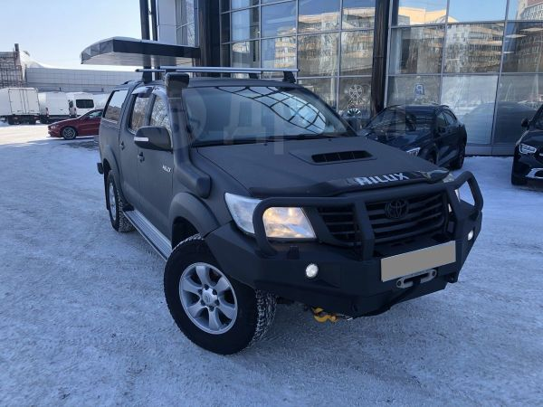 Toyota Hilux Pick Up, 2012 год, 1 700 000 руб.