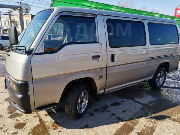 Nissan Caravan, 2000 год, 285 000 руб.