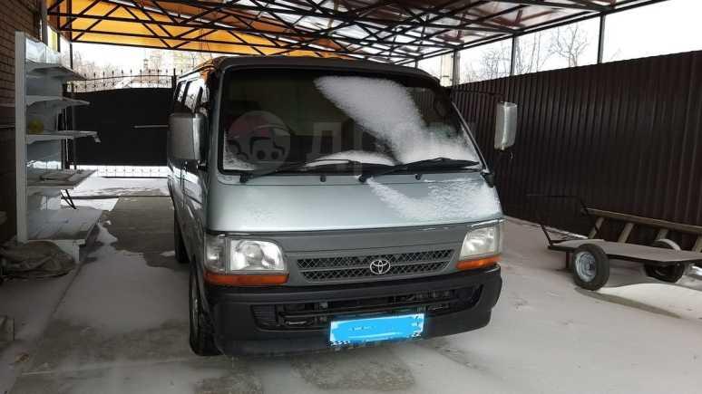 Toyota Regius Ace, 2001 год, 370 000 руб.