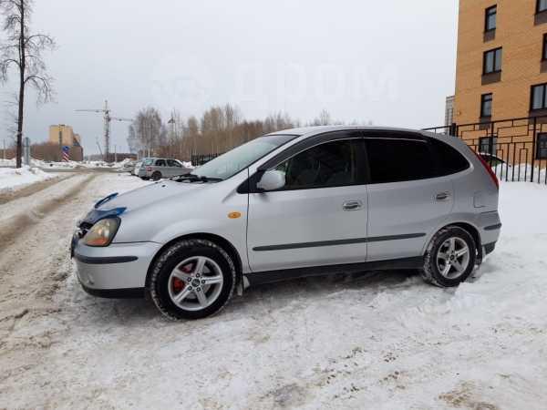 Nissan Tino, 2000 год, 205 000 руб.