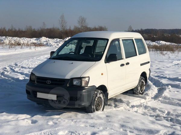 Toyota Town Ace, 2003 год, 310 000 руб.