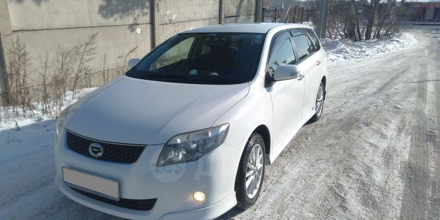 Toyota Corolla Fielder, 2010 год, 658 000 руб.