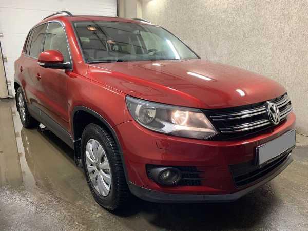 Volkswagen Tiguan, 2014 год, 655 000 руб.