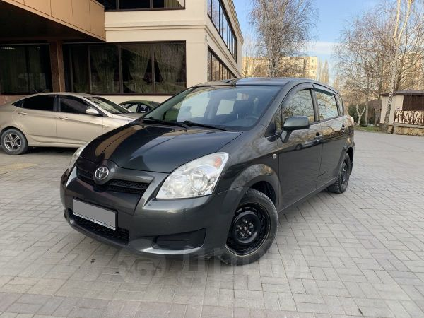 Toyota Corolla Verso, 2008 год, 490 000 руб.
