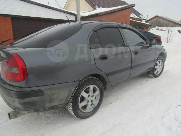 Mitsubishi Carisma, 2003 год, 140 000 руб.