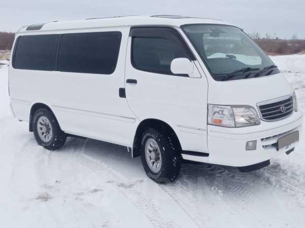 Toyota Hiace, 2001 год, 570 000 руб.
