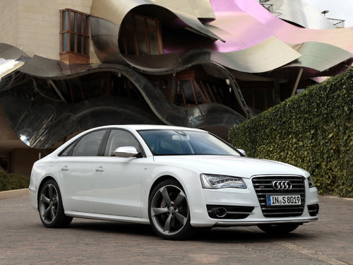 Audi S8 2011 - 2013