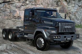 Производителя легендарных грузовиков купил давний партнер и однокурсник Олега Дерипаски.