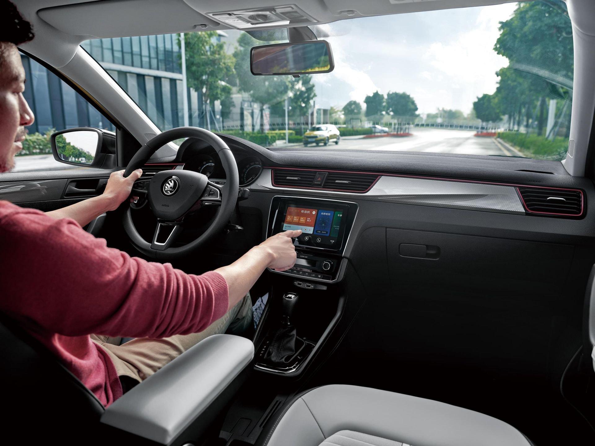 Китайская версия Skoda Rapid получила меньше обновок, чем российская