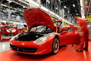 Коронавирус остановил Ferrari