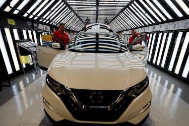Европейские заводы Volkswagen, Toyota, Ford, Daimler AG и Nissan приостановили работу (понятно, из-за чего)