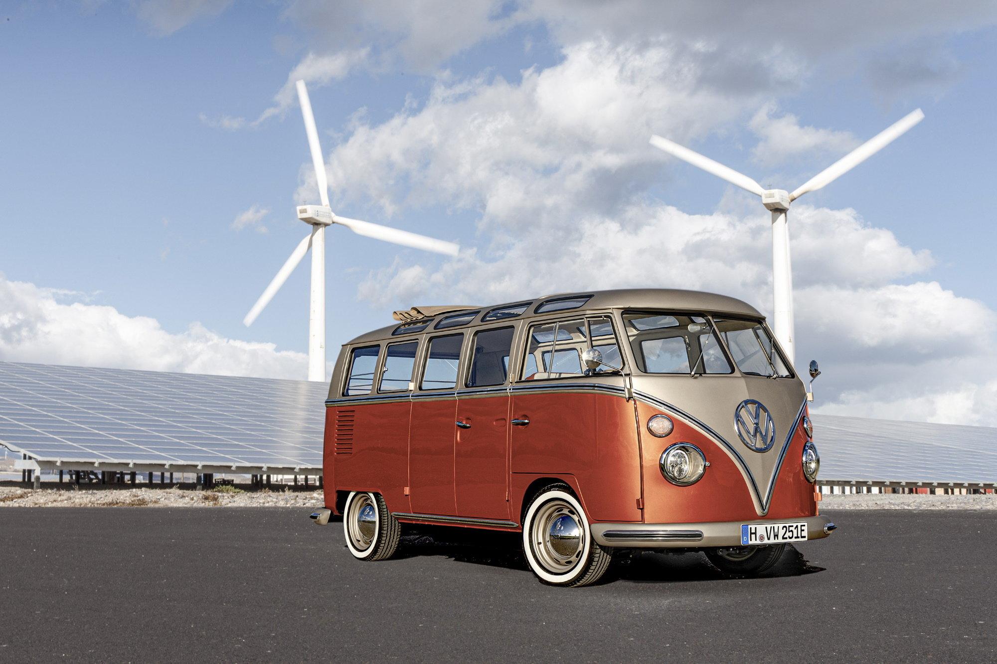 Оригинальный Transporter T1 превратили в милый электромобиль