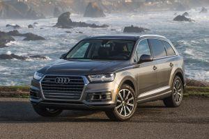 Audi отзывает в России кроссоверы Q7 и Q8 из-за трещин в сиденьях