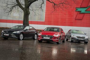 Skoda Superb против Toyota Camry и Hyundai Sonata. «Бизнес» по-русски? Или по-чешски?