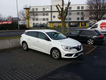 Renault Megane 2020 - отзыв владельца