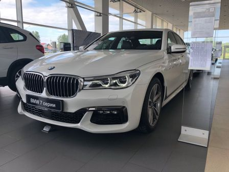 BMW 7-Series 2017 - отзыв владельца