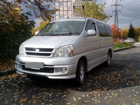 Toyota Touring Hiace 2000 - отзыв владельца