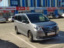 Отзыв о Toyota Noah, 2015 отзыв владельца