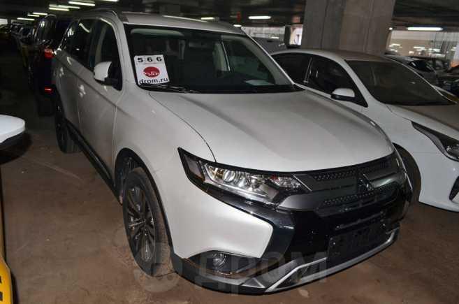Mitsubishi Outlander, 2019 год, 2 070 500 руб.
