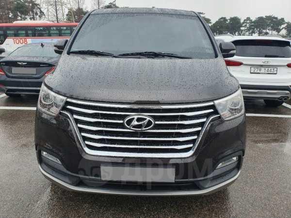 Hyundai Grand Starex, 2015 год, 1 830 000 руб.