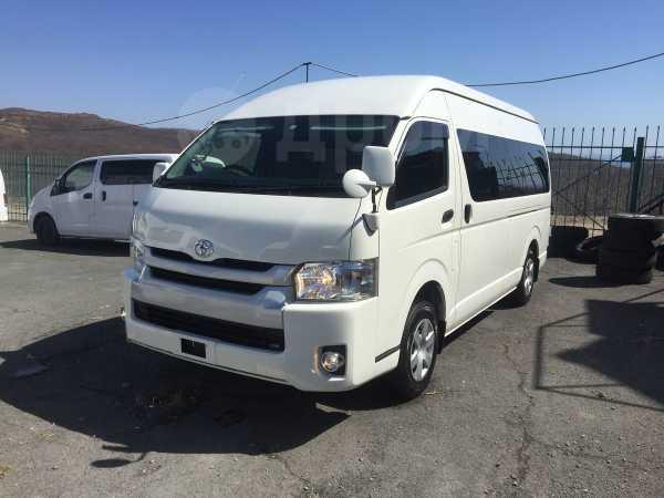 Toyota Hiace, 2016 год, 1 915 000 руб.