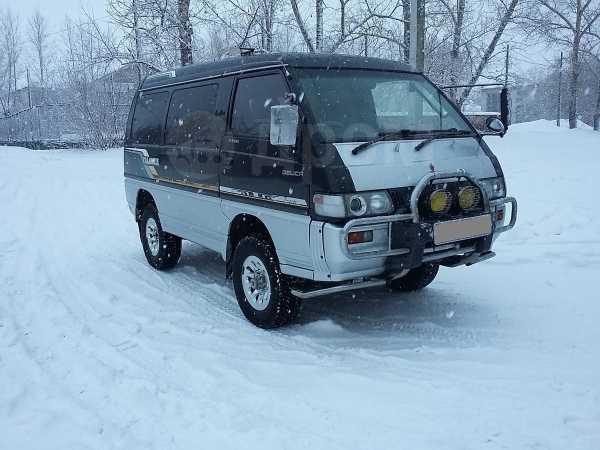Mitsubishi Delica, 1991 год, 330 000 руб.