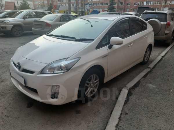 Toyota Prius, 2011 год, 719 000 руб.