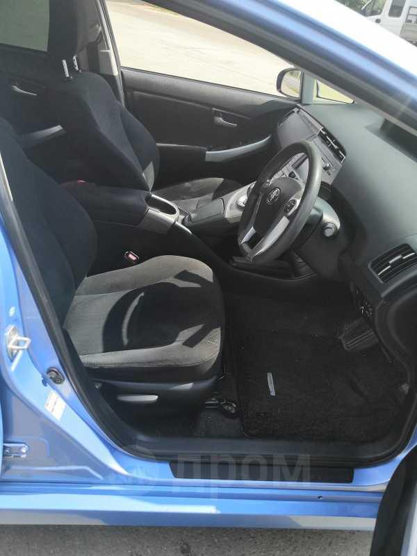 Toyota Prius PHV, 2012 год, 910 000 руб.