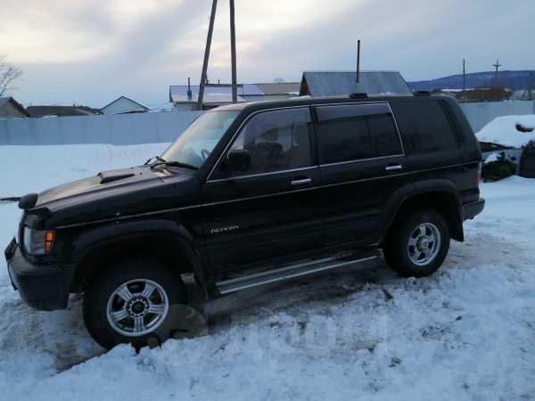 Isuzu Bighorn, 1999 год, 370 000 руб.