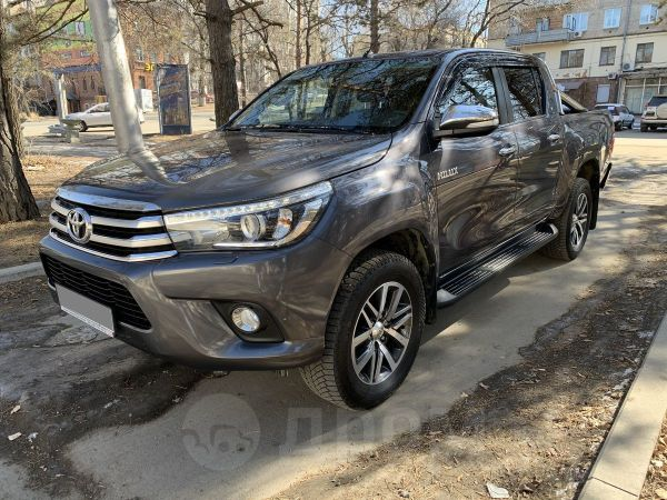 Toyota Hilux Pick Up, 2016 год, 2 385 000 руб.