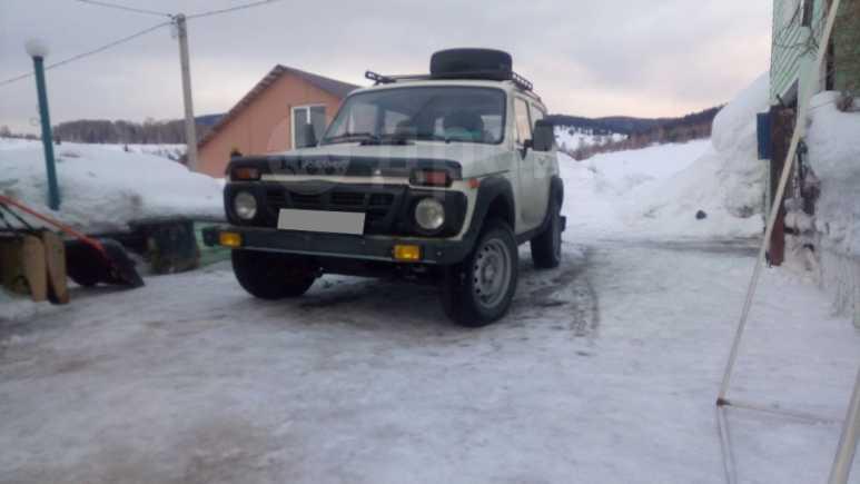 Лада 4x4 2121 Нива, 1998 год, 90 000 руб.