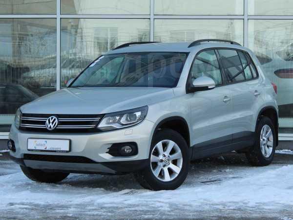 Volkswagen Tiguan, 2013 год, 892 588 руб.