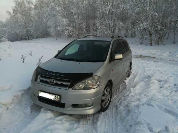 Toyota Ipsum, 2001 год, 570 000 руб.