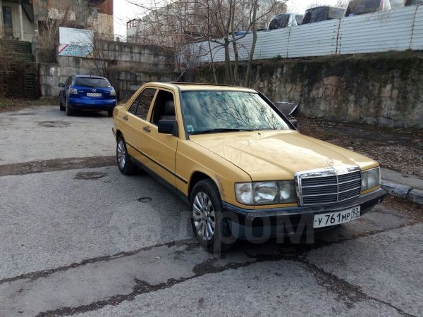 Mercedes-Benz 190, 1983 год, 130 000 руб.