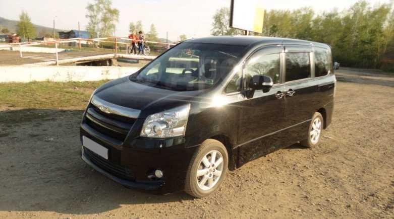 Toyota Noah, 2008 год, 780 000 руб.