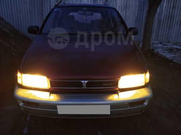 Mitsubishi Chariot, 1992 год, 170 000 руб.
