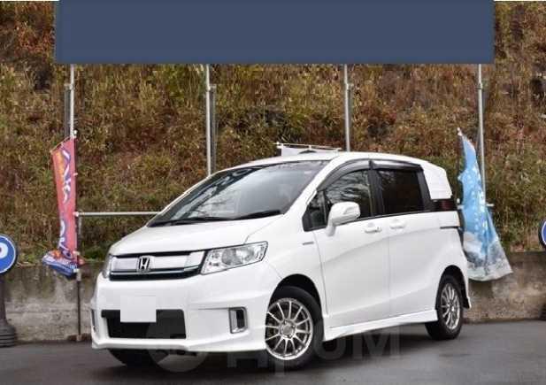 Honda Freed Spike, 2016 год, 595 000 руб.