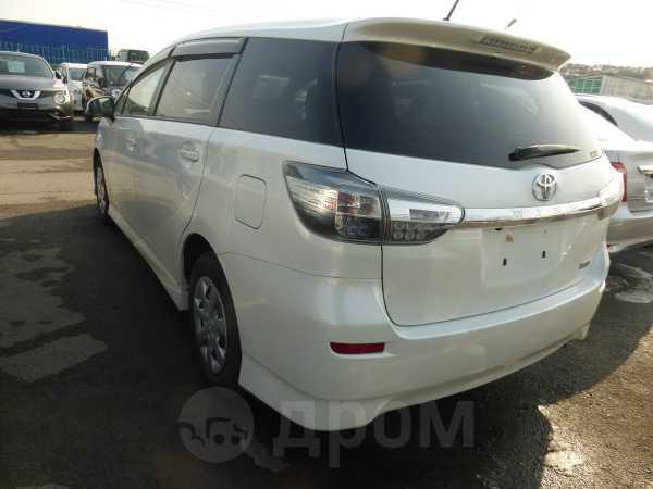 Toyota Wish, 2014 год, 897 000 руб.