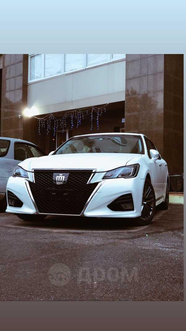 Toyota Crown, 2018 год, 2 400 000 руб.