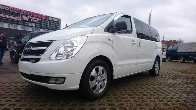 Hyundai Grand Starex, 2011 год, 949 000 руб.
