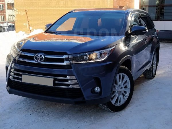 Toyota Highlander, 2017 год, 2 890 000 руб.