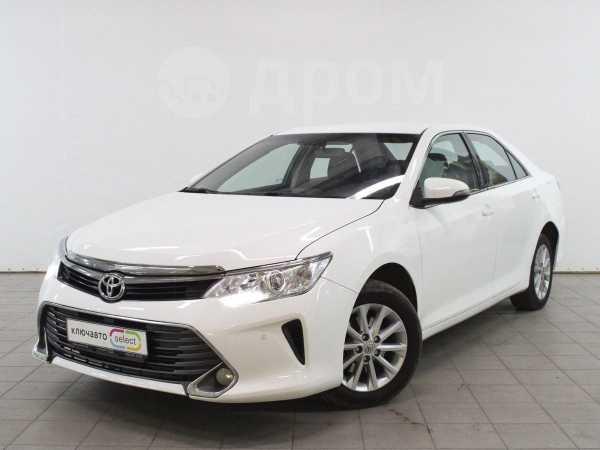 Toyota Camry, 2016 год, 882 900 руб.