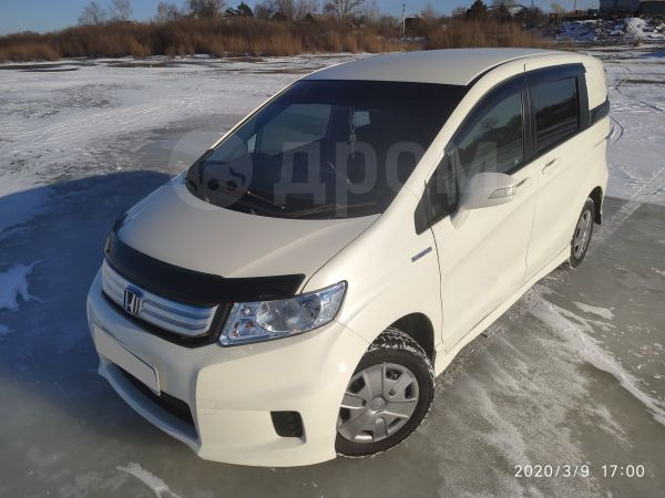 Honda Freed Spike, 2011 год, 580 000 руб.