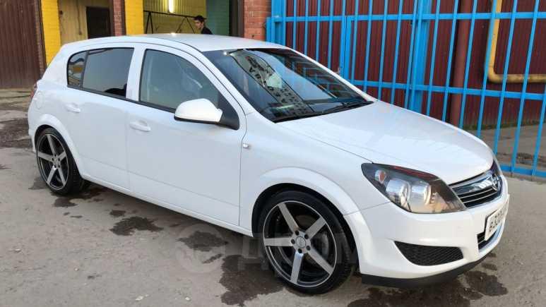 Opel Astra Family, 2014 год, 450 000 руб.
