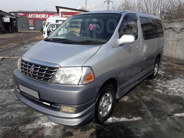 Toyota Grand Hiace, 2002 год, 699 000 руб.