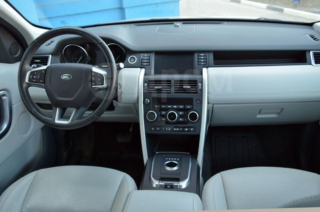 Land Rover Discovery Sport, 2018 год, 2 299 000 руб.