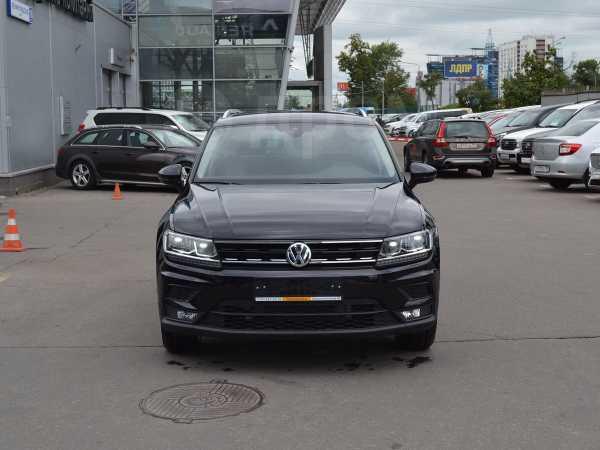 Volkswagen Tiguan, 2020 год, 2 321 900 руб.