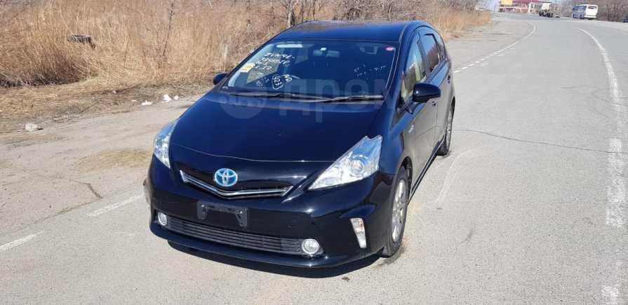 Toyota Prius a, 2014 год, 855 000 руб.